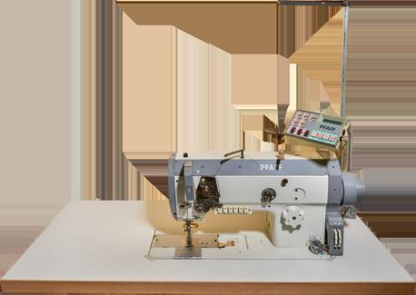 Ledernähmaschine für mittelschwere bis schwere, sehr empfindliche und anspruchsvolle Materialien. Durch ihre präzise Steuerungsmöglichkeit werden Fehlstiche vermieden